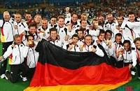 Фаворитами Евро 2014 и ЧМ 2018 у букмекеров идут немцы